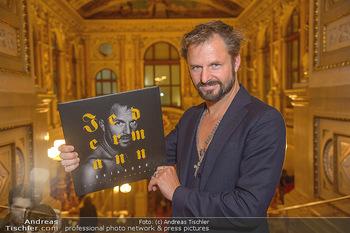 Philipp Hochmair Albumpräsentation - Burgtheater - Do 29.11.2018 - Philipp HOCHMAIR2