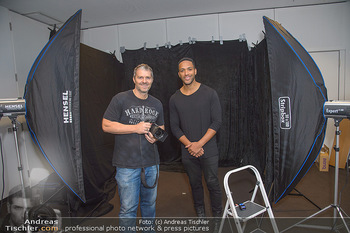 Dancer against Cancer Fotoshooting - BMW Wien Heiligenstadt - Do 06.12.2018 - Manfred BAUMANN, Cesar SAMPSON10