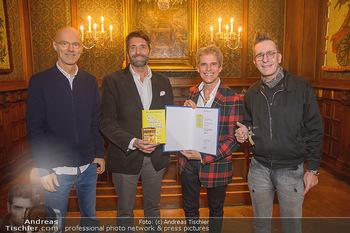 Goldenes Buch für Thomas Brezina - Hauptverband des Österreichischen Buchhandels - Di 11.12.2018 - 13