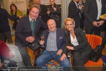 Marika Lichter X-Mas Cocktail - Privatwohnung Lichter - Mi 12.12.2018 - Martin SUPPAN, Karl BLECHA, Gerlinde ZEHETNER17