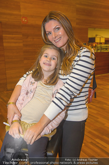 Schwanensee - Stadthalle - Mi 19.12.2018 - Martina KAISER mit Tochter Kiana4