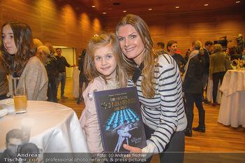 Schwanensee - Stadthalle - Mi 19.12.2018 - Martina KAISER mit Tochter Kiana14