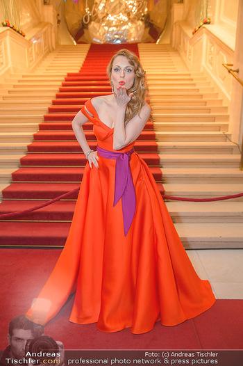 Silvesterball - Hofburg Wien - Mo 31.12.2018 - Natalie ALISON15