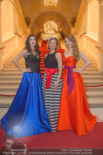 Silvesterball - Hofburg Wien - Mo 31.12.2018 - Alexandra KASZAY, Monika BALLWEIN, Natalie ALISON21