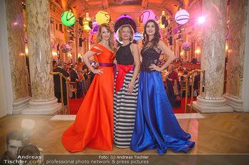 Silvesterball - Hofburg Wien - Mo 31.12.2018 - Monika BALLWEIN, Natalie ALISON, Alexandra KASZAY77