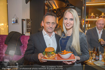 Restaurant Opening - Le Burger Rotenturmstraße, Wien - Di 08.01.2019 - Heimo TURIN mit Freundin Beatrice KÖRMER25