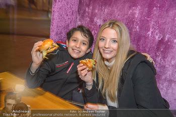Restaurant Opening - Le Burger Rotenturmstraße, Wien - Di 08.01.2019 - Chiara PISATI mit Gabriel28