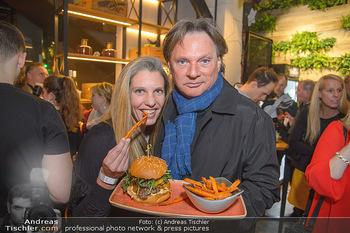 Restaurant Opening - Le Burger Rotenturmstraße, Wien - Di 08.01.2019 - Verena PFLÜGER, Heinz HANNER34