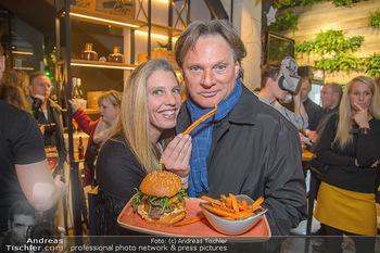 Restaurant Opening - Le Burger Rotenturmstraße, Wien - Di 08.01.2019 - Verena PFLÜGER, Heinz HANNER35