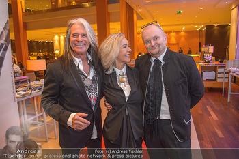 Jeanine Schiller Neujahrscocktail - Hilton am Stadtpark - Di 08.01.2019 - Waterloo Hansi KREUZMAYR mit Andrea, Günter LÖFFELMANN5