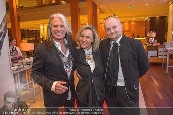 Jeanine Schiller Neujahrscocktail - Hilton am Stadtpark - Di 08.01.2019 - Waterloo Hansi KREUZMAYR mit Andrea, Günter LÖFFELMANN6