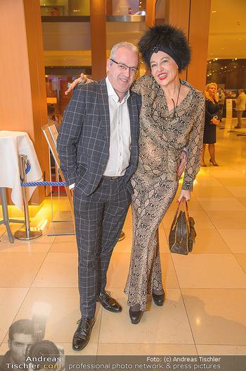Jeanine Schiller Neujahrscocktail - Hilton am Stadtpark - Di 08.01.2019 - Ernst Georg BERGER, Andrea BUDAY40