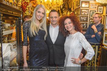 Künstler Neujahrsempfang - Marchfelderhof - Mi 09.01.2019 - Christina LUGNER, Heimo TURIN mit Freundin Beatrice KÖRMER5