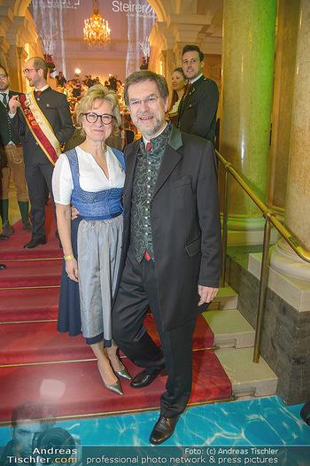 Steirerball - Hofburg Wien - Fr 11.01.2019 - Andreas ZAKOSTELSKY mit Ehefrau Eva4