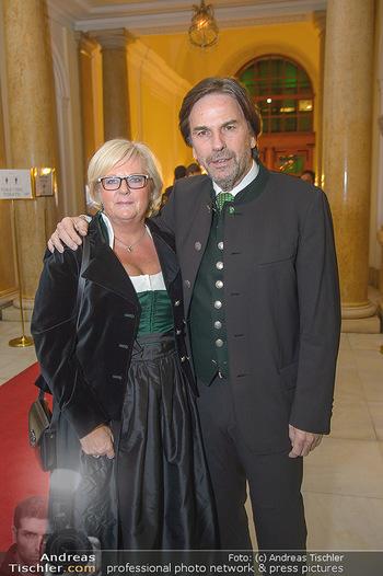 Steirerball - Hofburg Wien - Fr 11.01.2019 - Franz VOVES mit Ehefrau Ingrid8