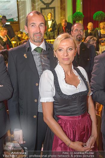 Steirerball - Hofburg Wien - Fr 11.01.2019 - Juliane BOGNER-STRAUß mit Ehemann Erik55