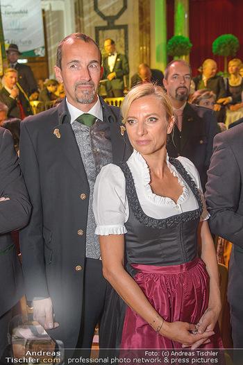 Steirerball - Hofburg Wien - Fr 11.01.2019 - Juliane BOGNER-STRAUß mit Ehemann Erik56