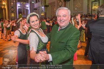 Steirerball - Hofburg Wien - Fr 11.01.2019 - Hermann SCHÜTZENHÖFER mit Tänzerin bei Eröffnungstanz68