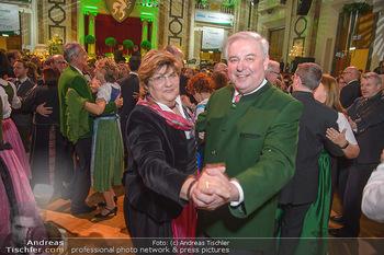 Steirerball - Hofburg Wien - Fr 11.01.2019 - Hermann SCHÜTZENHÖFER mit Ehefrau Marianne69