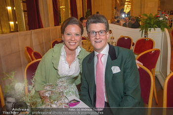 Tirolerball - Rathaus - Sa 12.01.2019 - Georg GÜRTLER mit Freundin Eva7