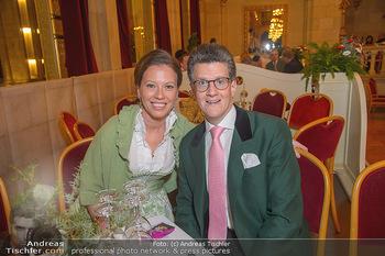 Tirolerball - Rathaus - Sa 12.01.2019 - Georg GÜRTLER mit Freundin Eva8