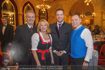 Tirolerball - Rathaus - Sa 12.01.2019 - Maximilian UNTERRAINER, Doris BURES, Johann GUDENUS, Peter WURM17