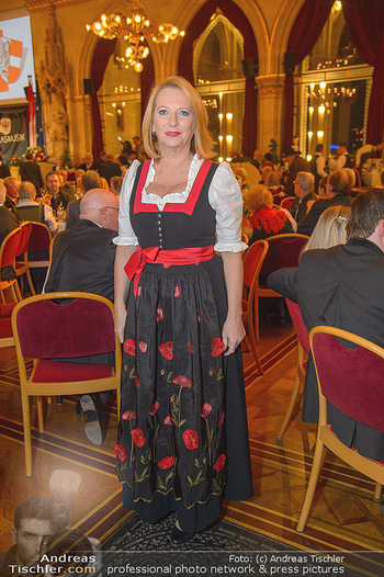 Tirolerball - Rathaus - Sa 12.01.2019 - Doris BURES18
