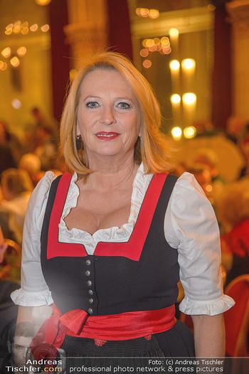 Tirolerball - Rathaus - Sa 12.01.2019 - Doris BURES (Portrait)19