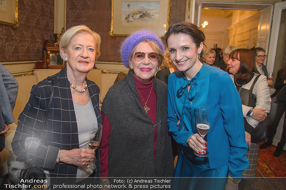 Neujahrscocktail für Frauen - 2019-01-15 - Amalthea Verlag