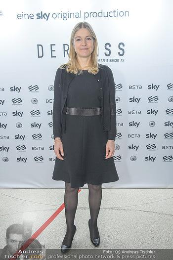 SKY Der Pass Premiere - Urania - Di 15.01.2019 - Christine SCHEIL15