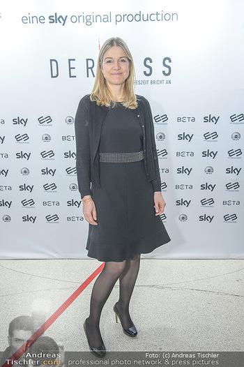 SKY Der Pass Premiere - Urania - Di 15.01.2019 - Christine SCHEIL16