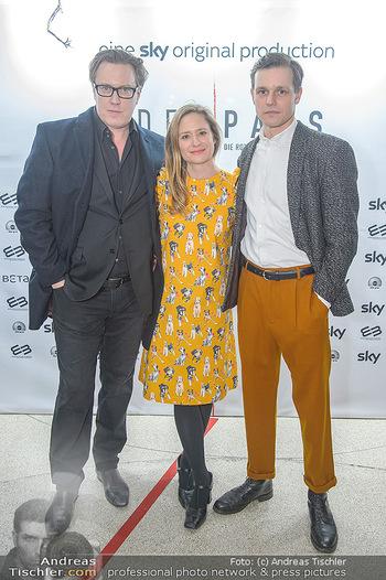 SKY Der Pass Premiere - Urania - Di 15.01.2019 - Nicholas OFCZAREK, Julia JENTSCH, Franz HARTWIG27