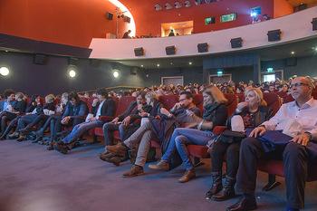 SKY Der Pass Premiere - Urania - Di 15.01.2019 - 77