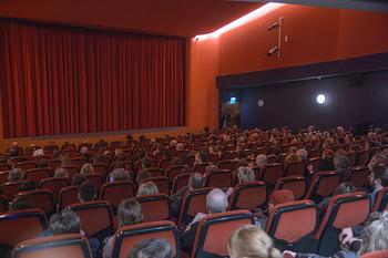 SKY Der Pass Premiere - Urania - Di 15.01.2019 - 83