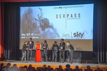 SKY Der Pass Premiere - Urania - Di 15.01.2019 - 96