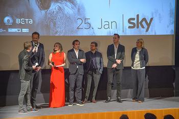 SKY Der Pass Premiere - Urania - Di 15.01.2019 - 97