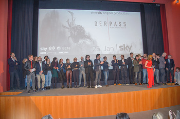 SKY Der Pass Premiere - Urania - Di 15.01.2019 - 107