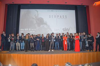 SKY Der Pass Premiere - Urania - Di 15.01.2019 - 110