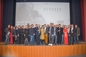 SKY Der Pass Premiere - Urania - Di 15.01.2019 - 146