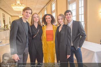 Opernball PK - Wiener Staatsoper - Mi 16.01.2019 - Olga ESINA, Nikisha FOGO, Natascha MAIR, Davide DATO, Jakob FEYF25