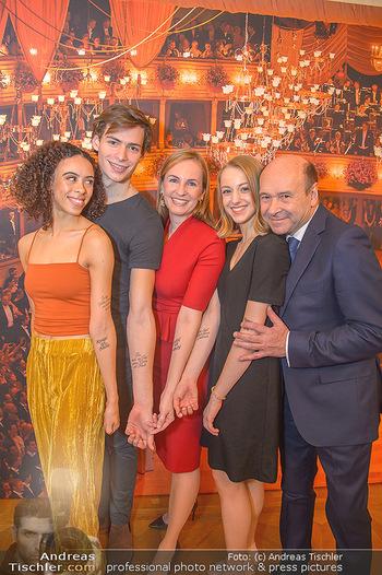 Opernball PK - Wiener Staatsoper - Mi 16.01.2019 - Olga ESINA, Nikisha FOGO, Natascha MAIR, Jakob FEYFERLIK, Domini102
