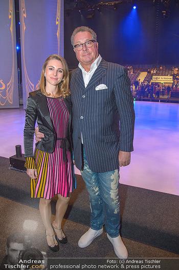 Holiday on Ice Atlantis Premiere - Stadthalle, Wien - Mi 16.01.2019 - Carola LINDENBAUER, Wolfgang FISCHER17