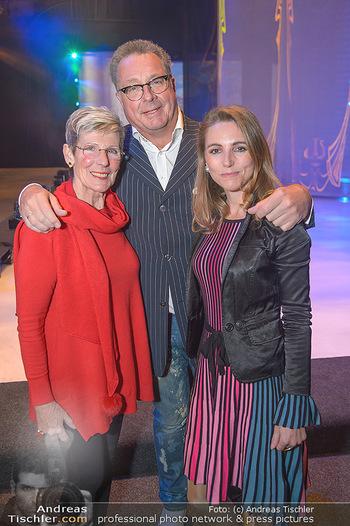 Holiday on Ice Atlantis Premiere - Stadthalle, Wien - Mi 16.01.2019 - Carola LINDENBAUER, Wolfgang FISCHER, Trixi SCHUBA22