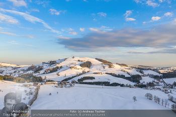 Österreich in Farben - Oberösterreich - Do 17.01.2019 - Maria Neustift bei Sonnenaufgang Luftbild Winter, Dort mit Kirch16