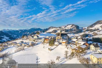 Österreich in Farben - Oberösterreich - Do 17.01.2019 - Maria Neustift bei Sonnenaufgang Luftbild Winter, Dort mit Kirch19