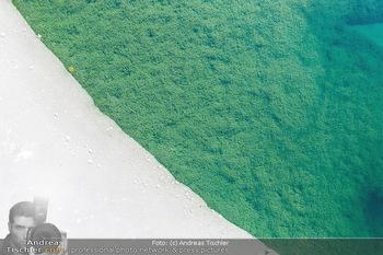 Österreich in Farben - Oberösterreich - Do 17.01.2019 - Unterwasser Almsee im Almtal, Algen, klares Wasser, Luftbild, Id27