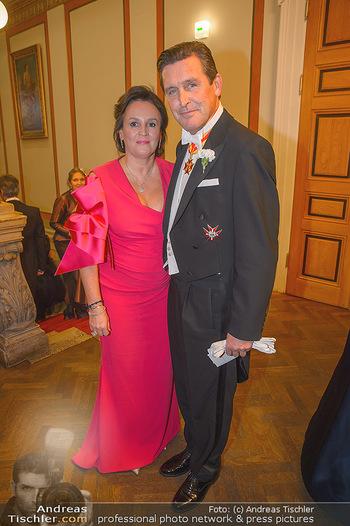 Philharmonikerball 2019 - Musikverein Wien - Do 24.01.2019 - Peter HANKE mit Ehefrau39