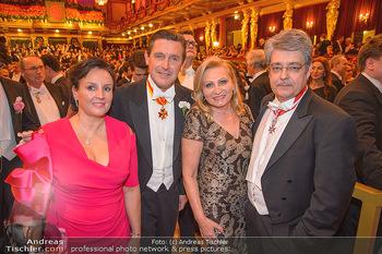 Philharmonikerball 2019 - Musikverein Wien - Do 24.01.2019 - Peter HANKE mit Ehefrau, Wolfgang und Brigitte HESOUN163