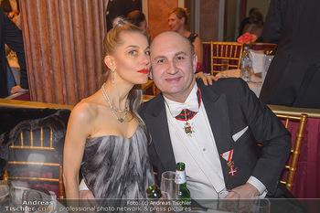 Philharmonikerball 2019 - Musikverein Wien - Do 24.01.2019 - Ali RAHIMI mit Freundin Carina206
