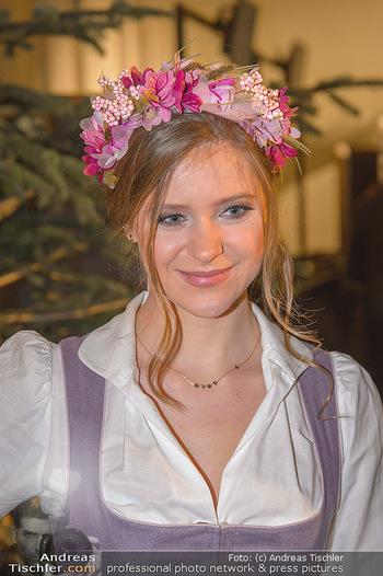 Jägerball - Hofbur - Mo 28.01.2019 - Anna MIKL (Portrait)39